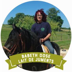 Babeth Dose est productrice de laite de jument pour des savons et autre produit cosmétique